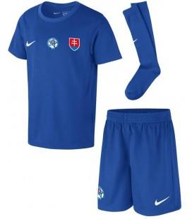 Slovensko venkovní dětský fotbalový dres + trenýrky + stulpny