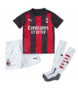 AC Milán domácí dětský fotbalový dres + trenýrky + stulpny
